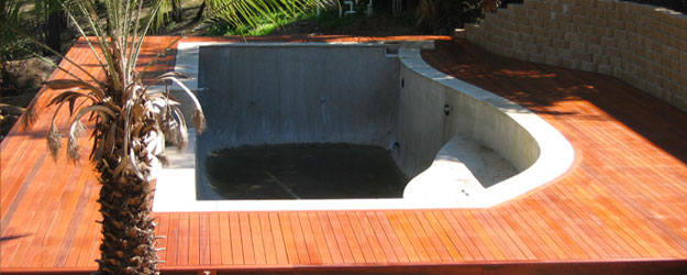 swimming-pool-deck-home-renovation-ipswich.jpg